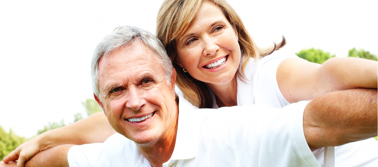 Image of couple enjoying chiropractic care